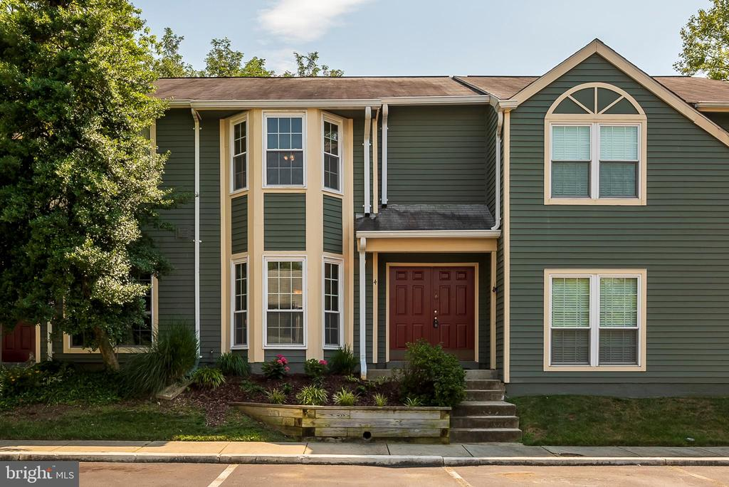 4  LEEWARD COURT, Annapolis in ANNE ARUNDEL County, MD 21403 Home for Sale