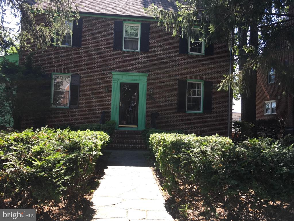 Come see this stately home in historic Ashburton.....Original wood floors through out.All brick .As is condition.Update to your taste.This will not last...please note all furniture is for sale. Closing help available