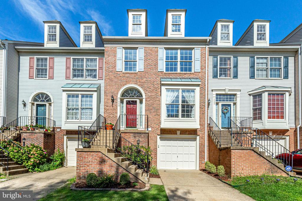 One of Alexandria 3 Bedroom Homes for Sale at 7068  ELTON WAY