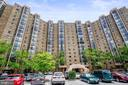 5904 Mount Eagle Dr #712