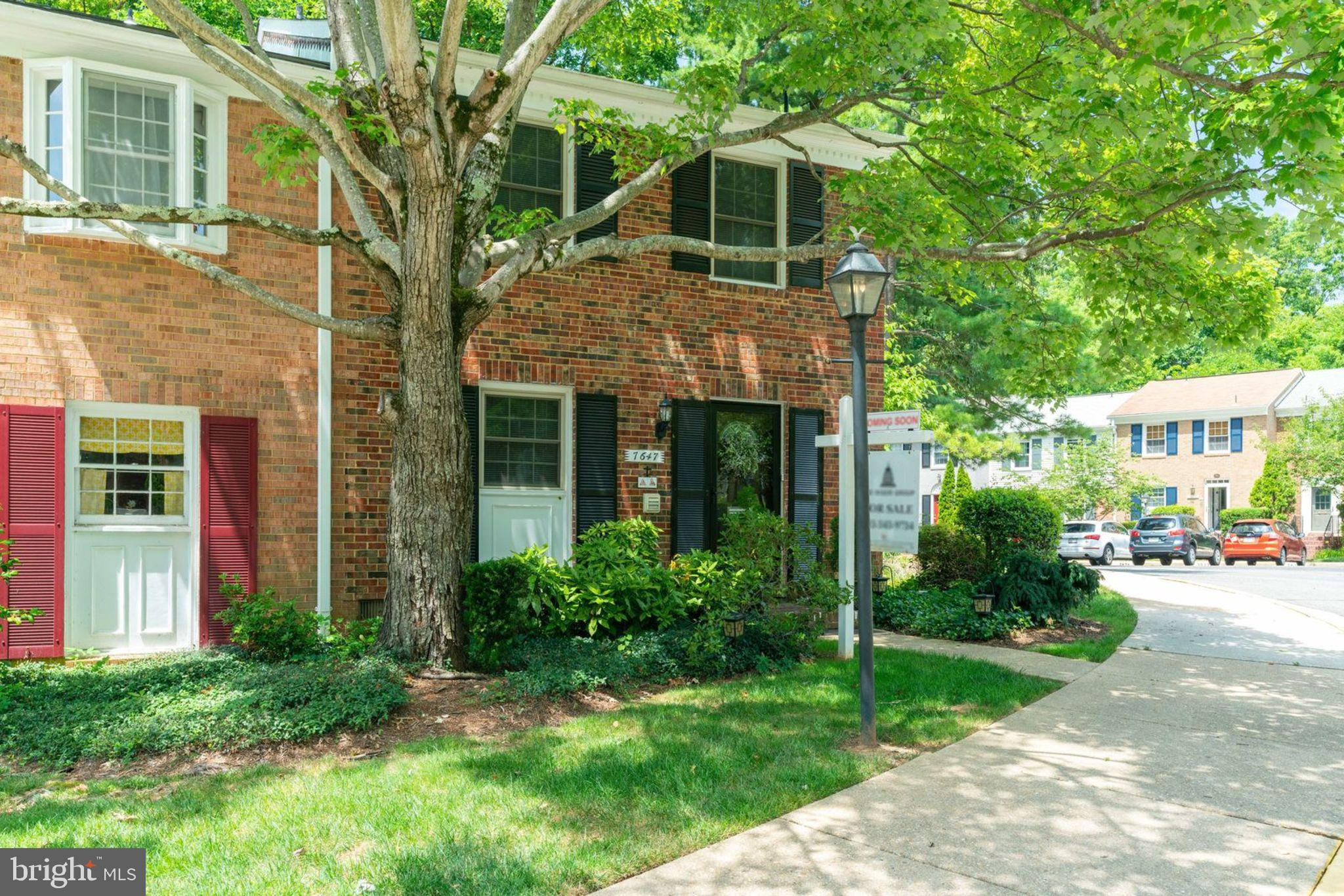 Don~t miss out on this rare find in Cardinal Square.  This spacious end-unit townhome has been completely rebuilt in 2014. Enjoy over $50K in upgrades which include a gorgeous state-of-the art kitchen with customized cabinets, granite counter top, stainless steel appliances and brand new hardwood floors and marble tiles and a big landscaped patio and fenced backyard against wooded trees. Furthermore a jacuzzi tub in the shared bathroom with a private entrance to the second bedroom, a floored attic for added storage, a live fireplace. Located, just 1 mile to I-495-395-95, Rte 286, Blue Line Metro, Springfield Town Center, restaurants - this unit is perfect for any commute! This won't last long - schedule a showing today! Condo fee includes a community pool and hot tub