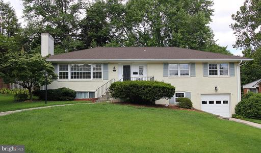 Photo of 1442 Colleen Ln