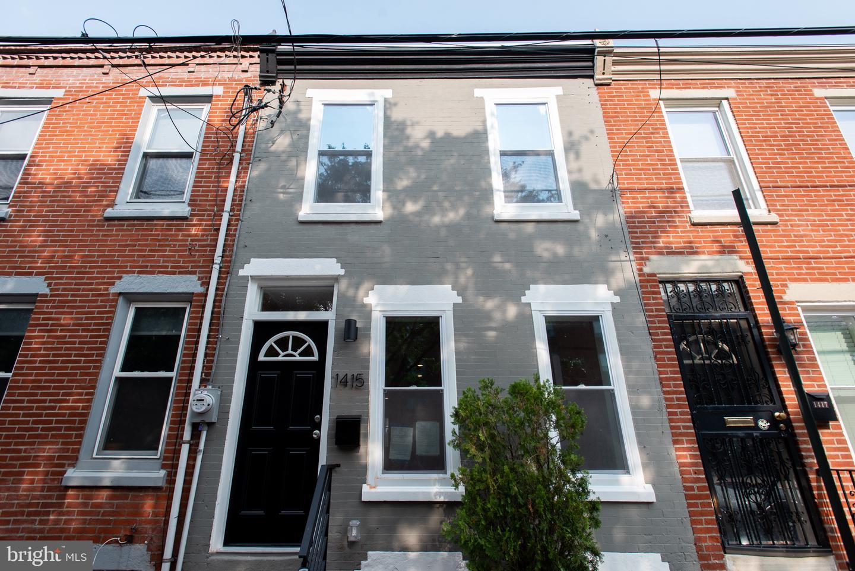 1415 S Mole Street Philadelphia, PA 19146
