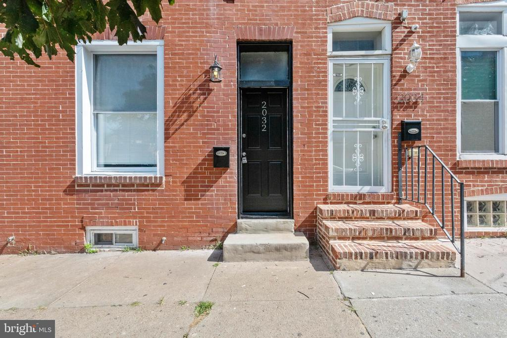 Beautifully renovated 3 bedroom 3 1/2 bath home just 3 blocks from Johns Hopkins. This home features hardwood floors, ceramic tile, granite countertops, stainless steel appliances, a fireplace and  3 finished levels with an unfinished basement. Enjoy the Master Suite on the upper level that is highlighted by the Master Bath and Walk In Closet. Alarm system to be assumed by buyer. Make an appointment today to come and see this new home.