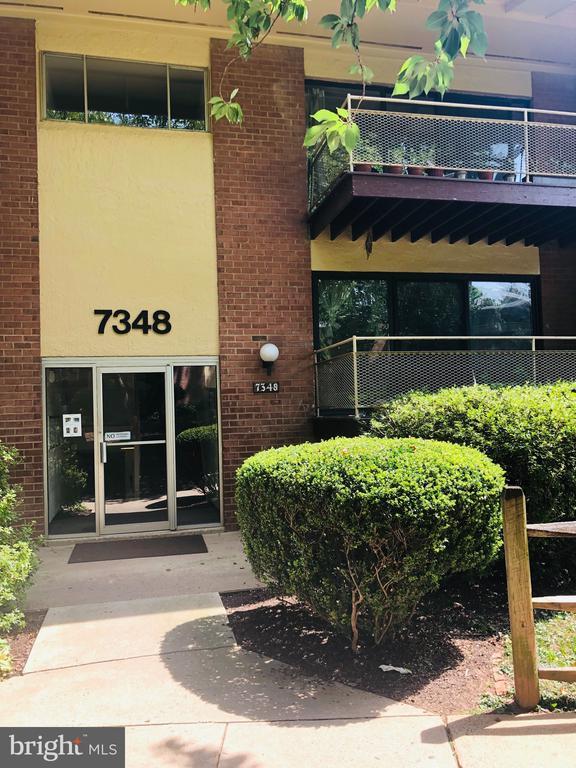 7348 Lee Hwy #204, Falls Church, VA 22046