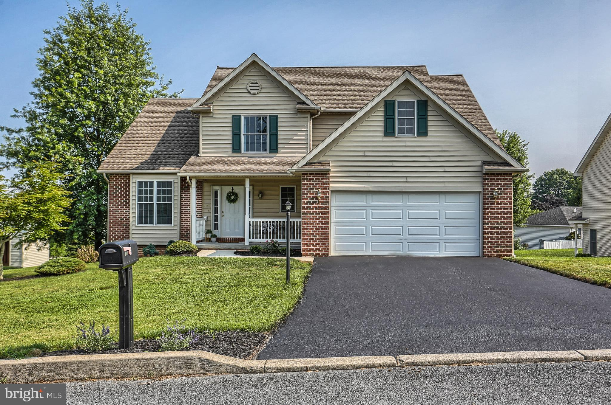 108 HILLTOP DRIVE, MOUNT HOLLY SPRINGS, PA 17065