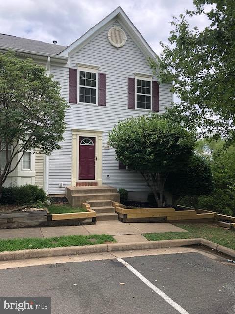 102  DORSET LANE, Warrenton, Virginia