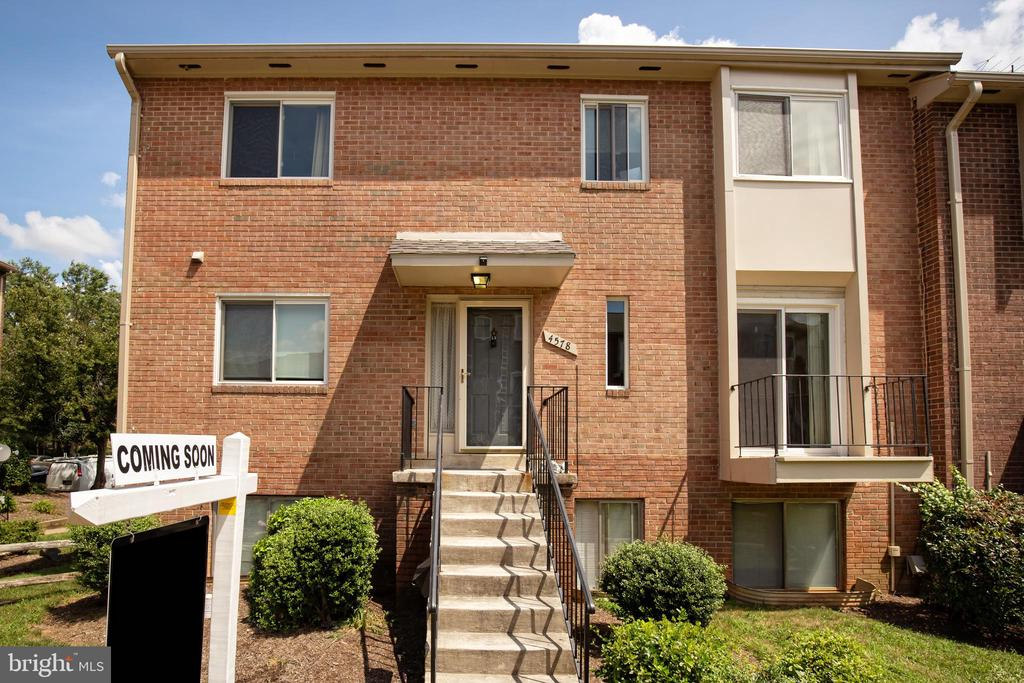 4578 Conwell Dr #167, Annandale, VA 22003