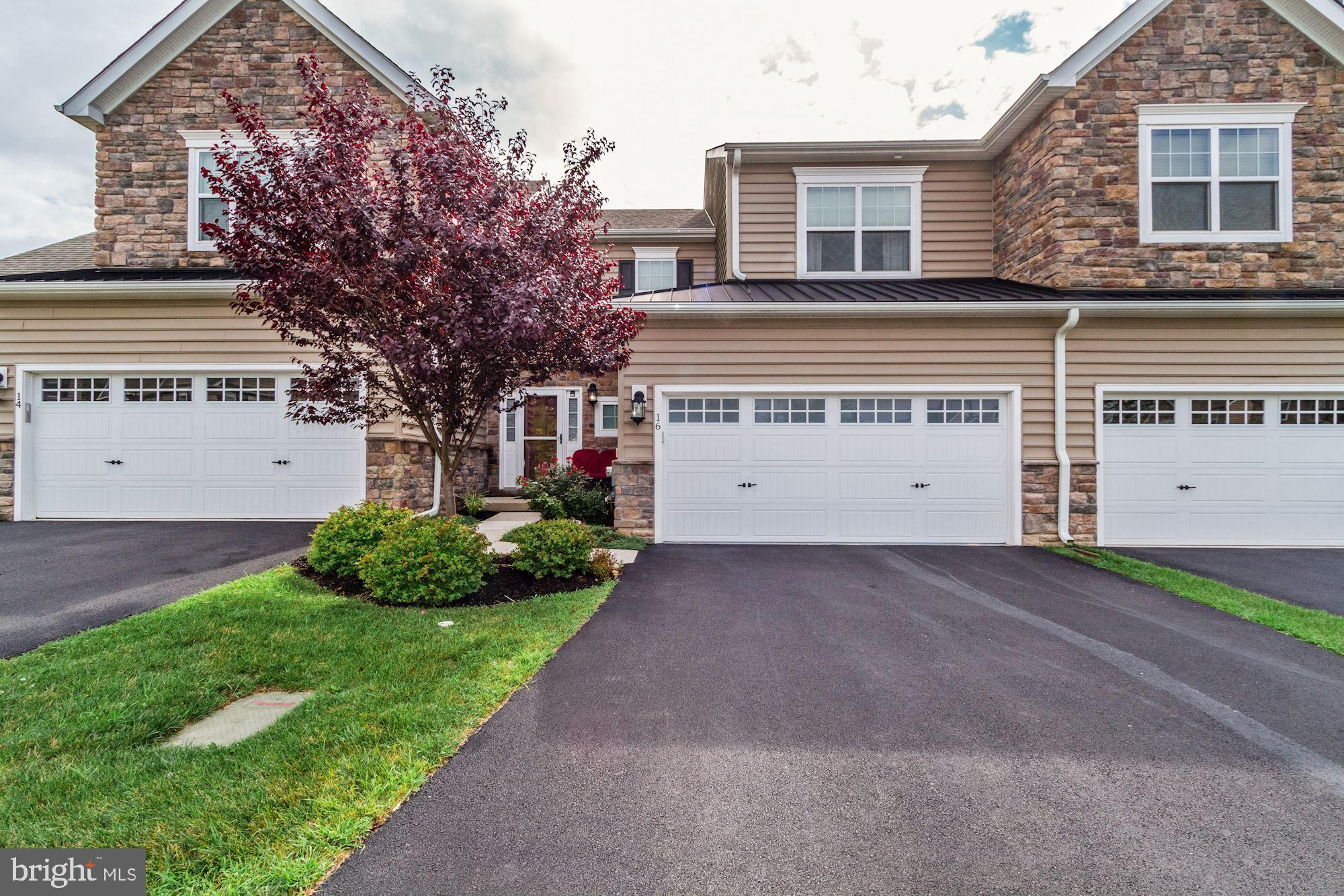 16 SANDY RUN CIRCLE, FORT WASHINGTON, PA 19034