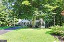 6924 Butternut Ct