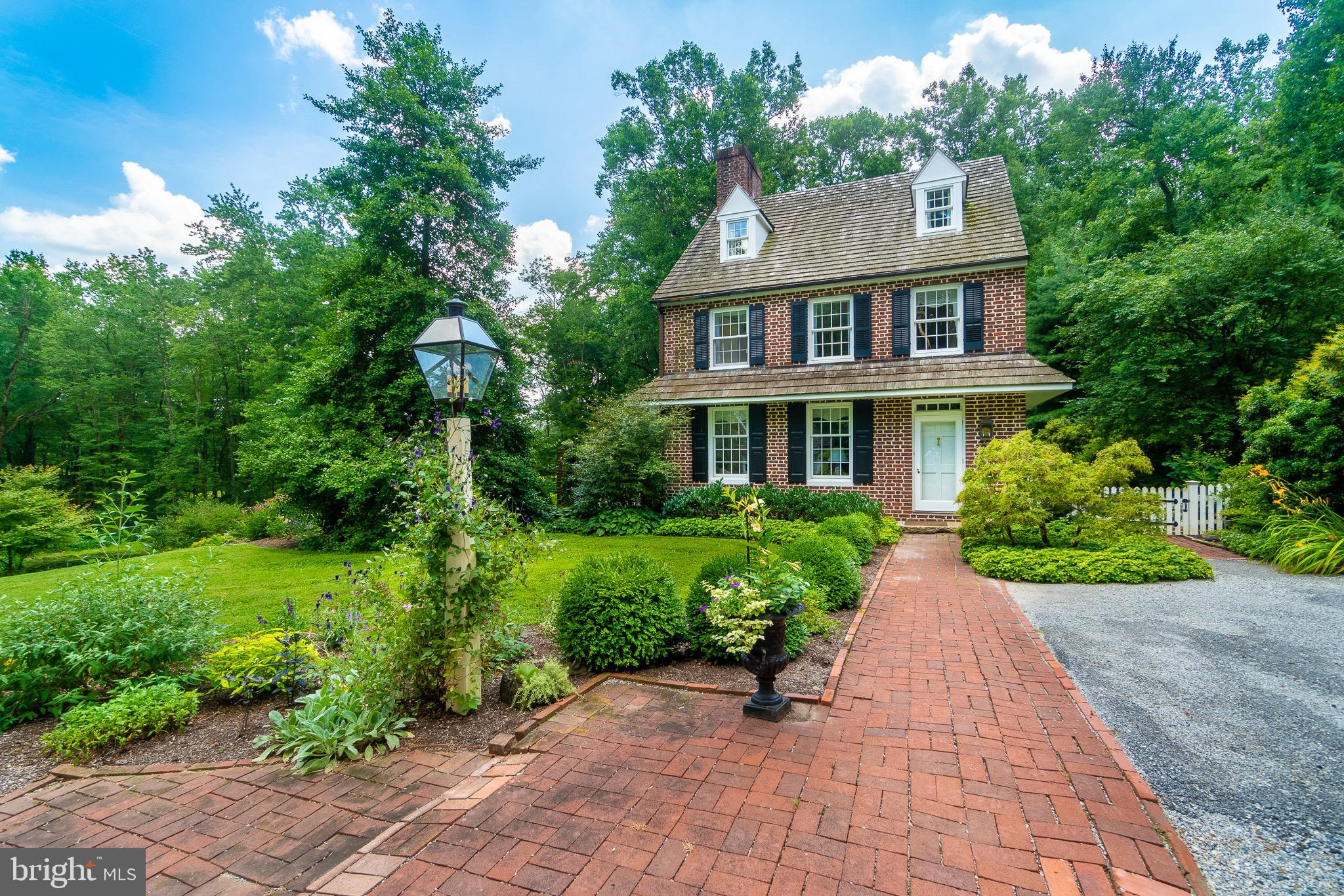 781 FAIRVIEW ROAD, GLENMOORE, PA 19343