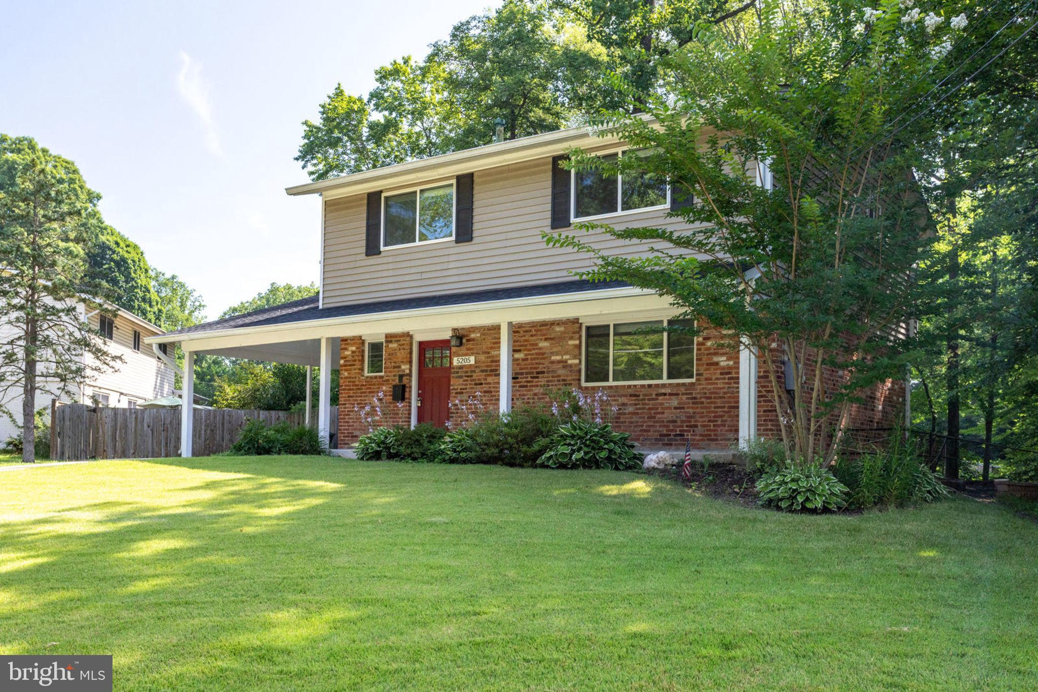 Don't miss this one! Move in ready, 4 bedroom, 3.5 bath home in sought after Kings Park. Remodeled bathrooms throughout including basement full bath and walk-in closet. Open kitchen with granite counter tops, large eat-in area, opening to a private deck and patio. Re-finished floors on main level. Great Schools, Lake Braddock pyramid. Excellent location, near 495, VRE, Pentagon Direct Metro Bus. Agent is owner.