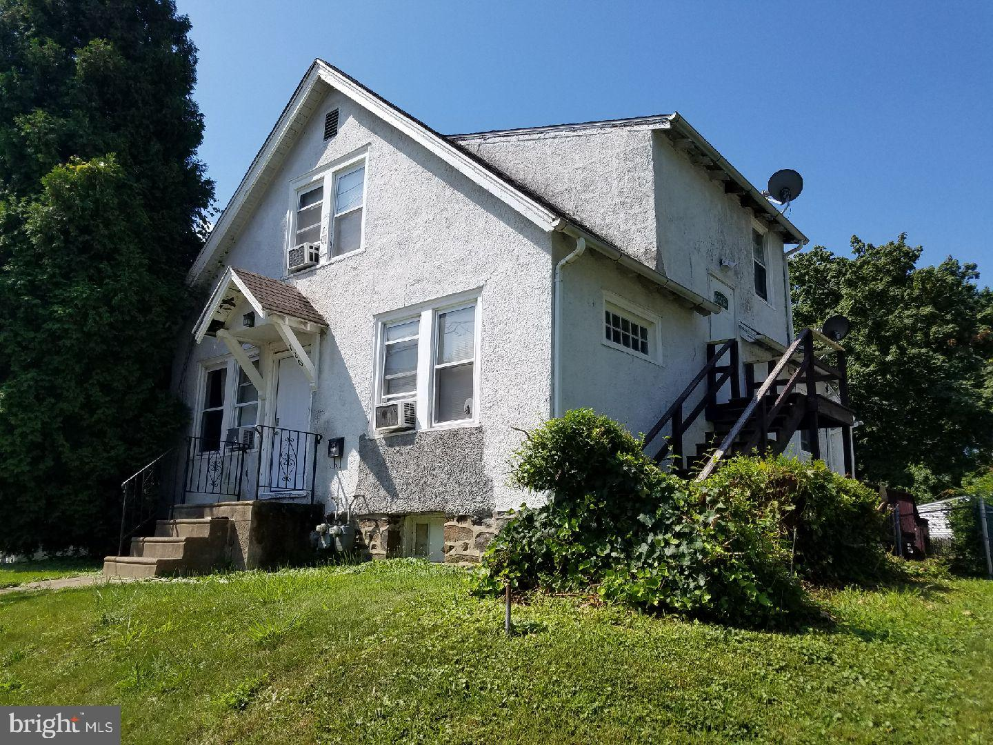 720 CLIFTON AVENUE, DARBY, PA 19023