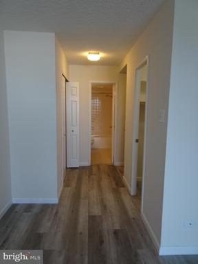 Photo of 1800 Old Meadow Rd #617