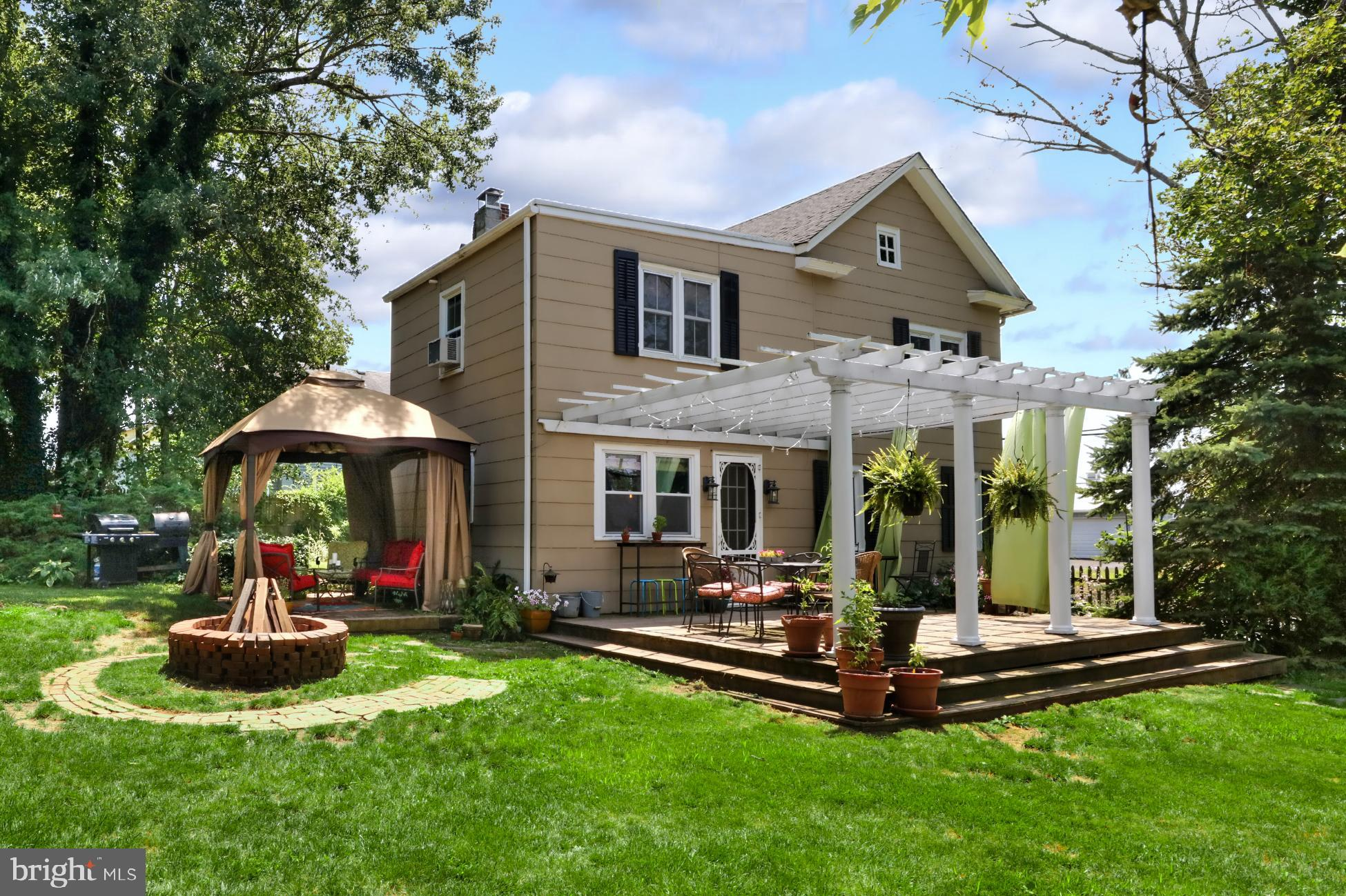1046 COUNTY RD 519, FRENCHTOWN, NJ 08825