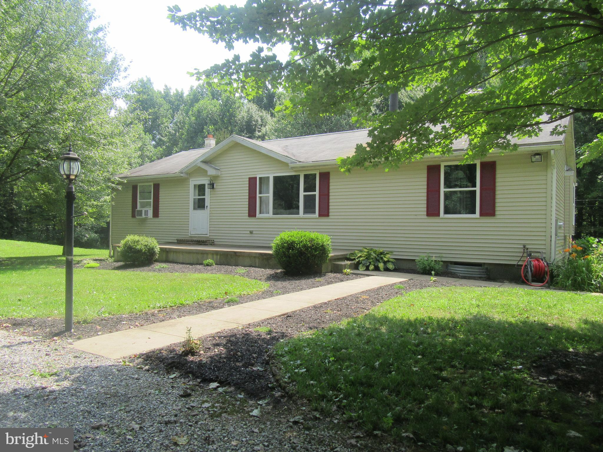 541 AIRPORT ROAD, BETHEL, PA 19507