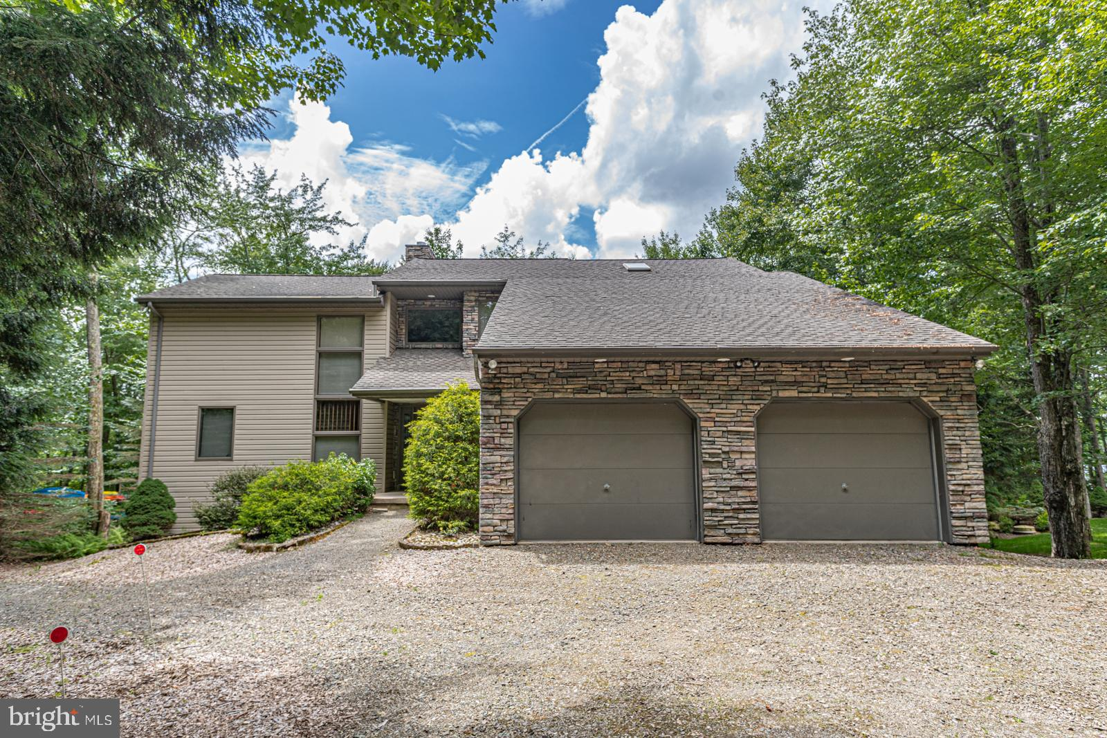 15 LAKEVIEW TIMBERS DRIVE, GOULDSBORO, PA 18424
