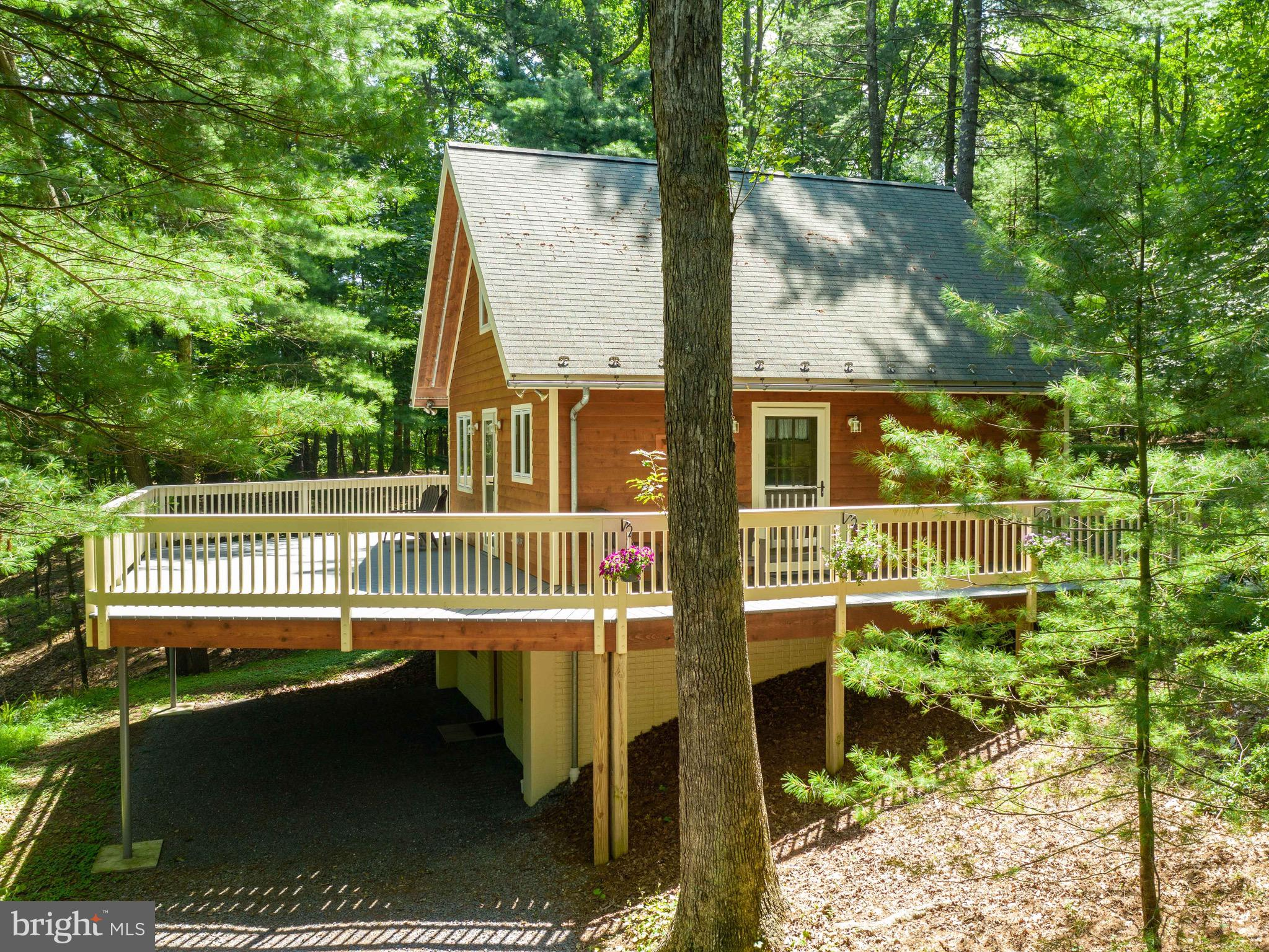 6971 CARPERS PIKE, YELLOW SPRING, WV 26865