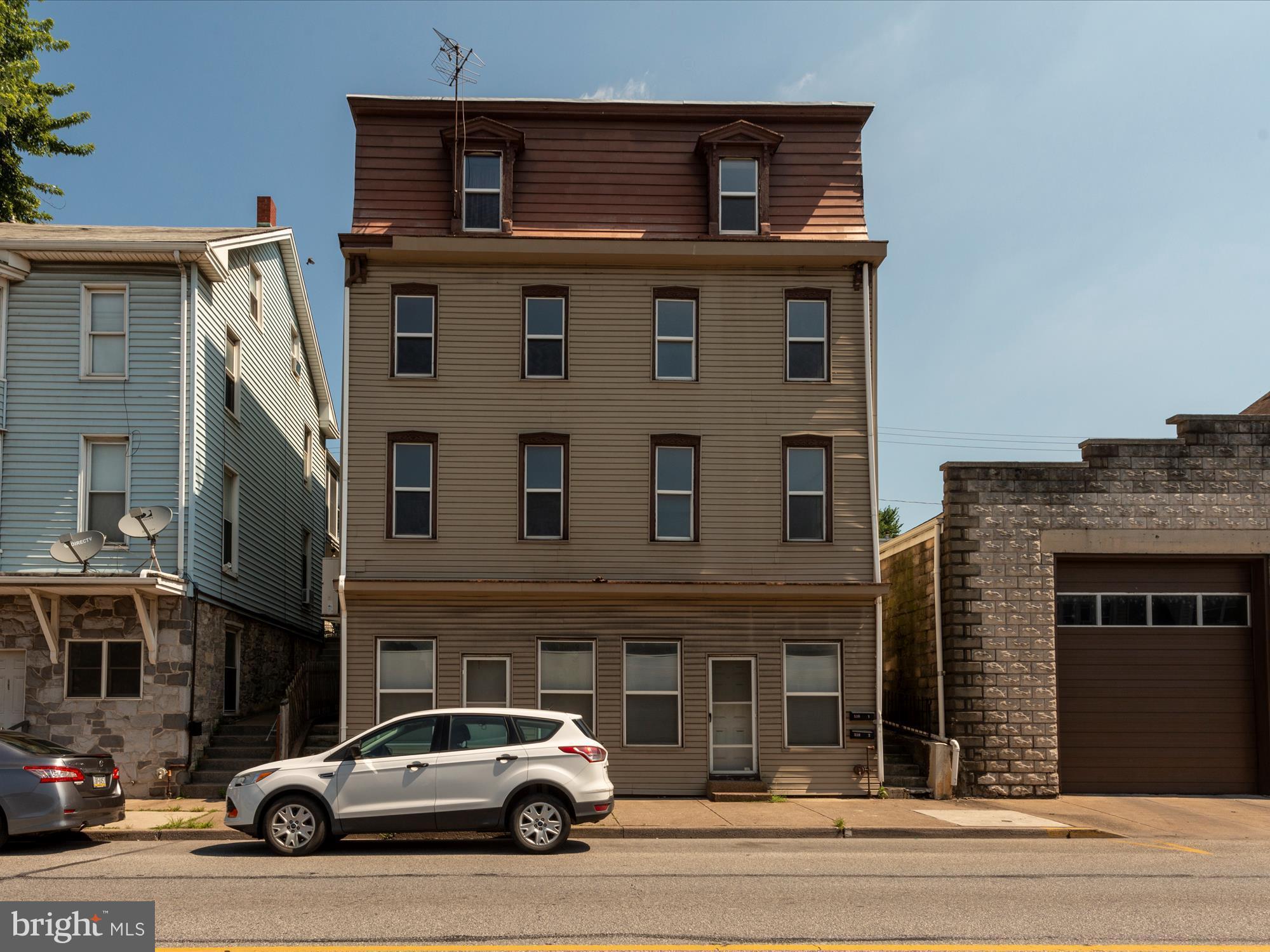 539 N FRONT STREET, STEELTON, PA 17113