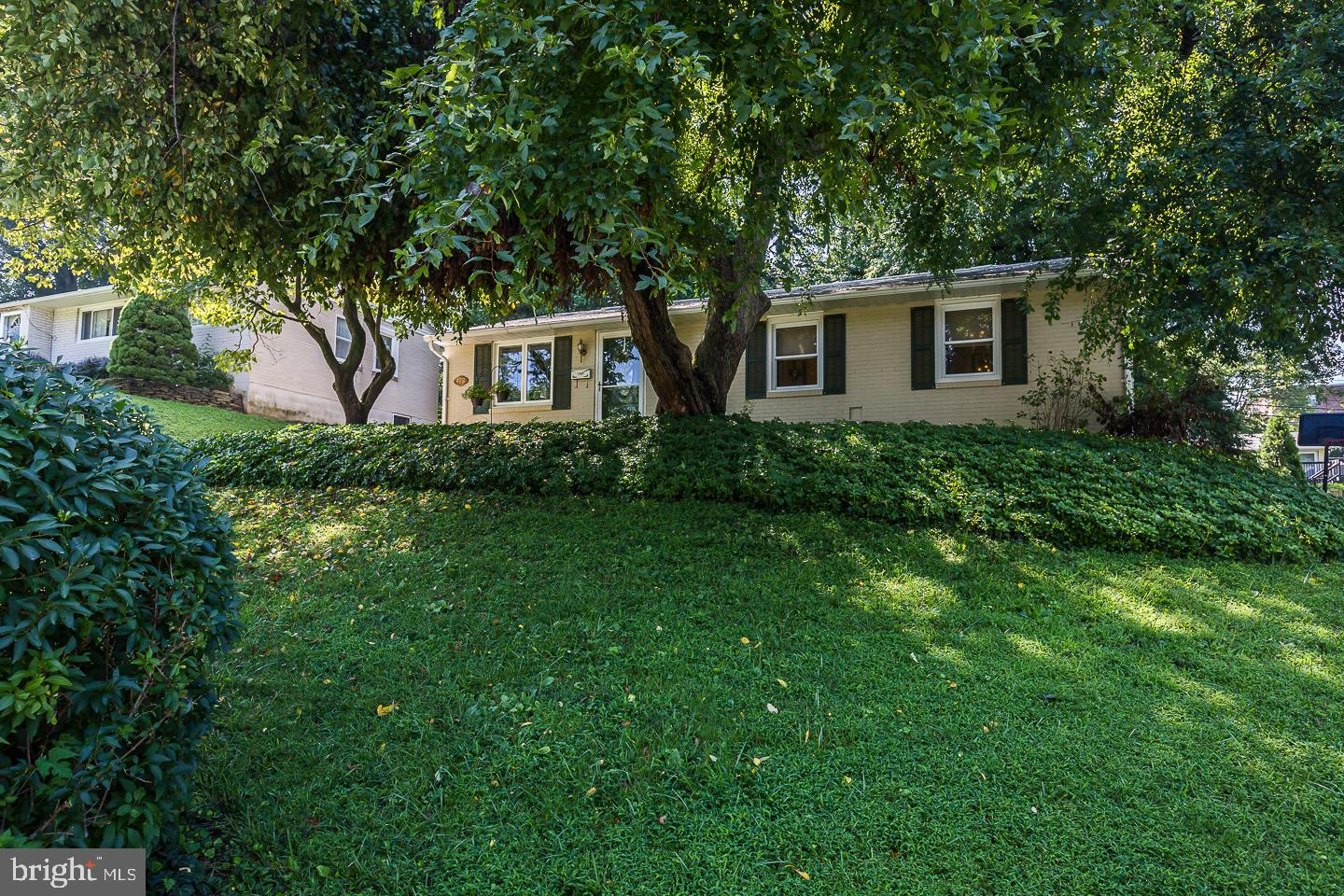 412 College Avenue West Chester, PA 19382
