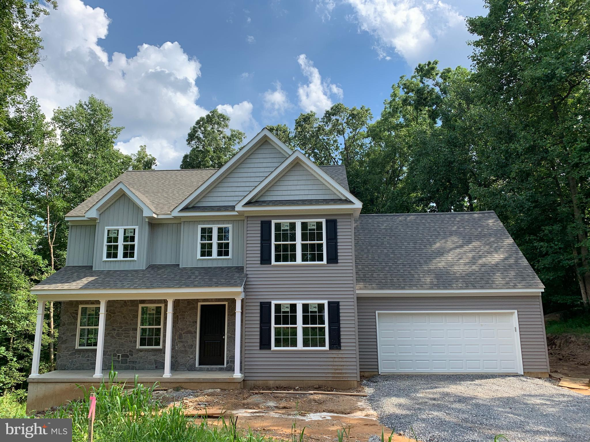 818 LOCUST GROVE ROAD, MIDDLETOWN, PA 17057
