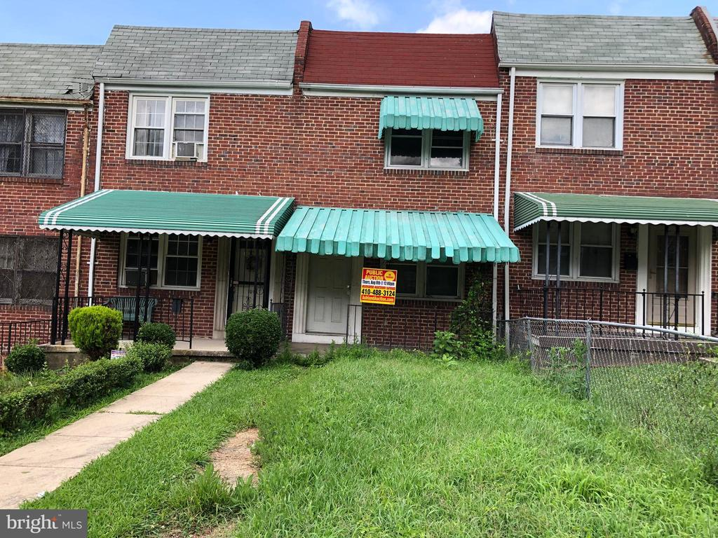 ONLINE AUCTION: Bidding begins 8/19 @ 10:00 AM. Bidding ends 8/26 @ 3:10 PM. List Price is Suggested Opening Bid. 2 Story town home in Winchester. Partially renovated. Property is Vacant. 10% Buyer's Premium or $1,000 whichever is greater. Deposit $5,000. For full Terms and Conditions contact auctioneer's office.