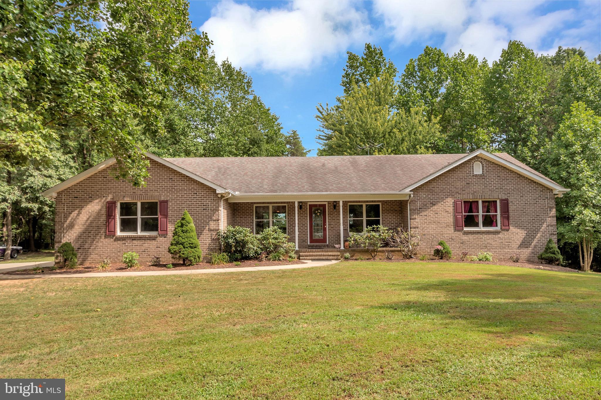 3513 ENSORS SHOP ROAD, MIDLAND, VA 22728