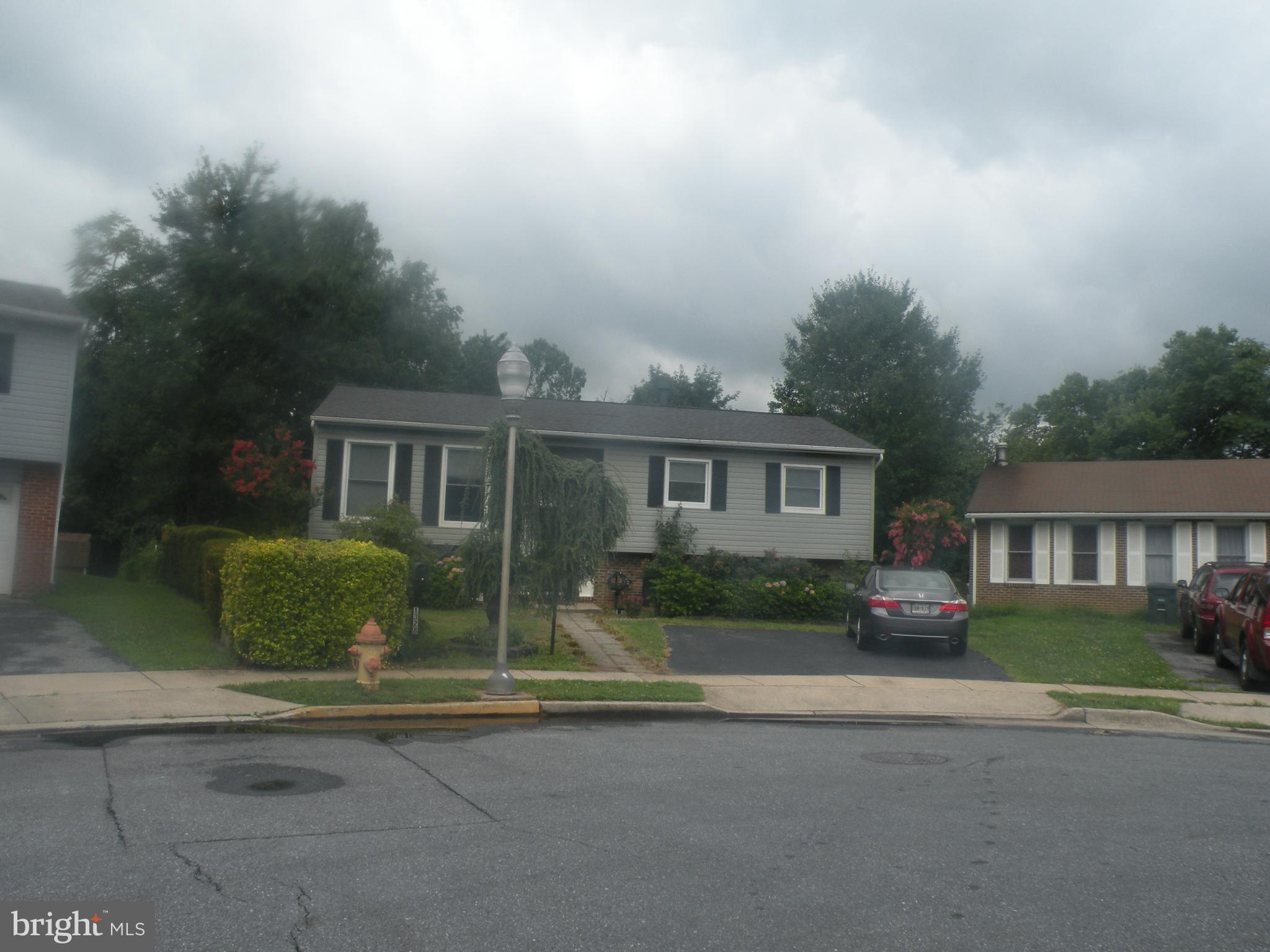 1328 Peachtree Ct, Frederick, MD, 21703