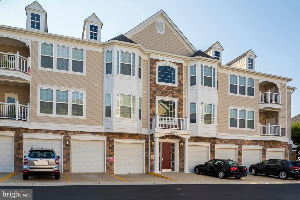 1520  ENYART WAY  11-302, Annapolis, Maryland