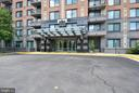 2451 Midtown Ave #416