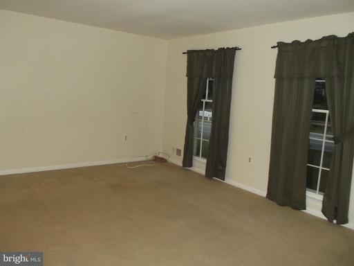 8210 Riverside Rd