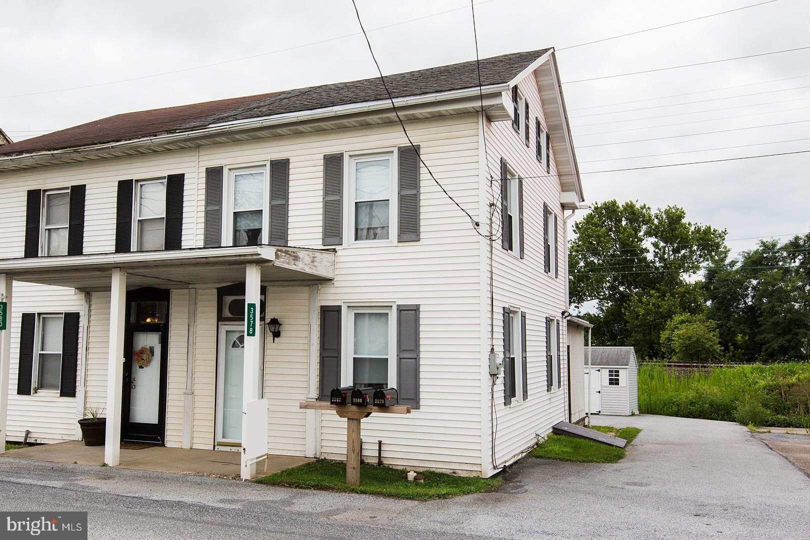 3578 LINCOLN HWY E, KINZERS, PA 17535