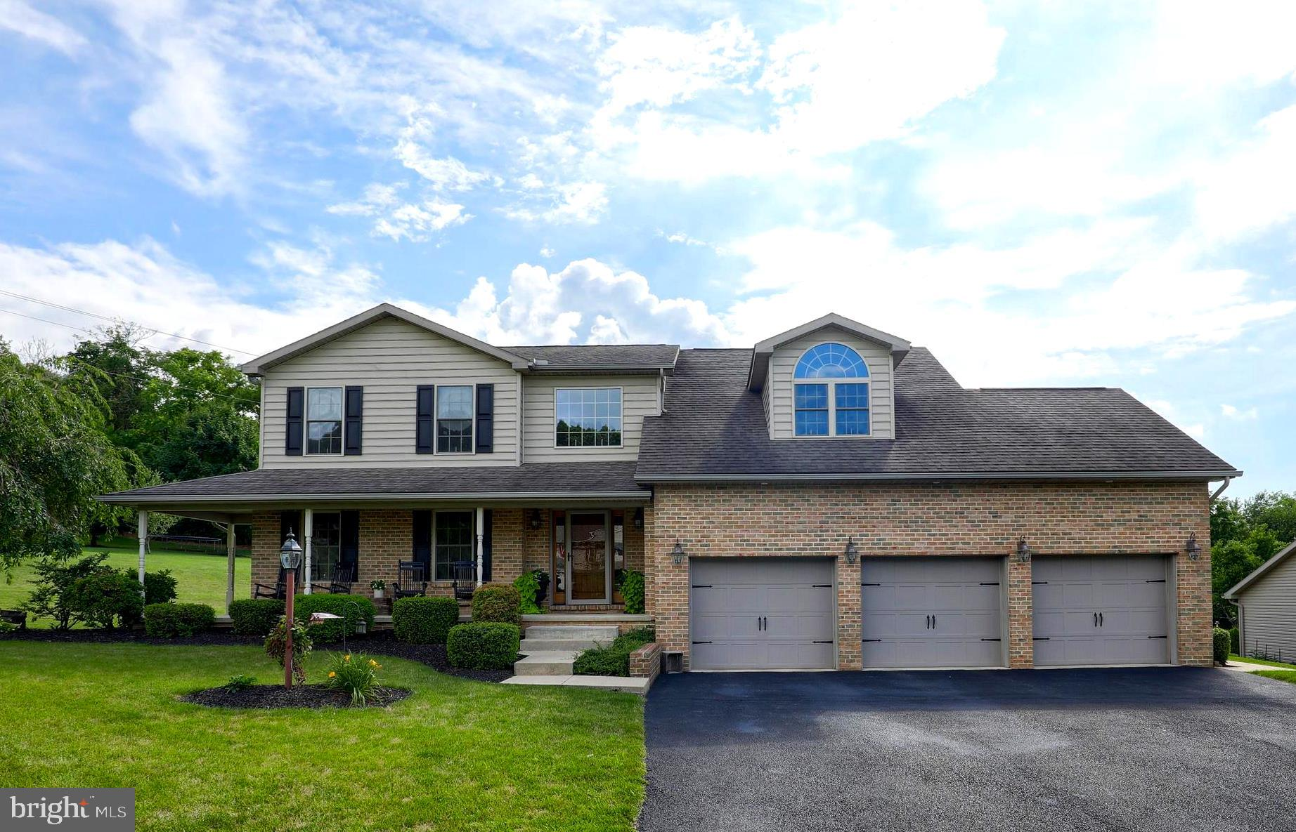 70 DAYTON COURT, WINDSOR, PA 17366