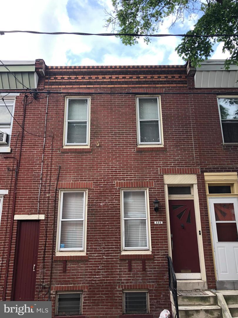 220 Watkins Street Philadelphia, PA 19148