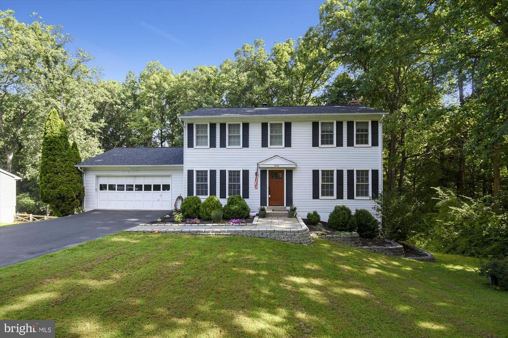 Rare opportunity to buy a beautiful FLAT half acre lot with Grey Gunite pool on a quiet street in Vienna! Updated colonial with a long list of features! *Main Level*: Updated kitchen with recessed lighting, under cabinet lighting, Quartz counters, Stainless Steel appliances, kitchen island, ample cabinet space, open to the dining room with recessed lighting, and open to the family room with custom built-ins and wood stove fireplace. Family room has a sliding glass door to the large wooden deck with stairs down to the pool. The living room features LED lighting. Crown molding throughout the house! *Upper Level*: Master suite has 2 closets, 1 huge walk-in, LED tray lighting & ceiling fan, extra vanity top with storage, en-suite bath with shower. Hallway bath features tub and updated vanity and linen closet. Hardwood floors, ceiling fans, crown molding in each secondary bedroom. *Lower Level*: walk out basement with full bath (perfect for pool guests!), rec room, game room area with large storage closet, storage room, laundry room, and utility room. 2-Car garage features extra storage. Tons of updates: 2016 new roof, newer double hung windows, recessed lighting, reverse osmosis water system in kitchen. Pool has an automatic pHin monitor for easy care and measures pH level, temp, and chlorine by an app! Close to 3 parks, downtown Vienna. Flint Hill/Thoreau/Madison. Enjoy Vienna life - ViVa Vienna, Chillin on Church, Holiday Stroll, Halloween Parade, and so much more!
