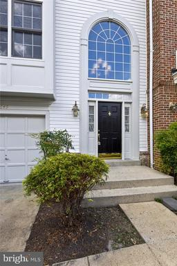 6649 Dunwich Way, Alexandria, VA 22315