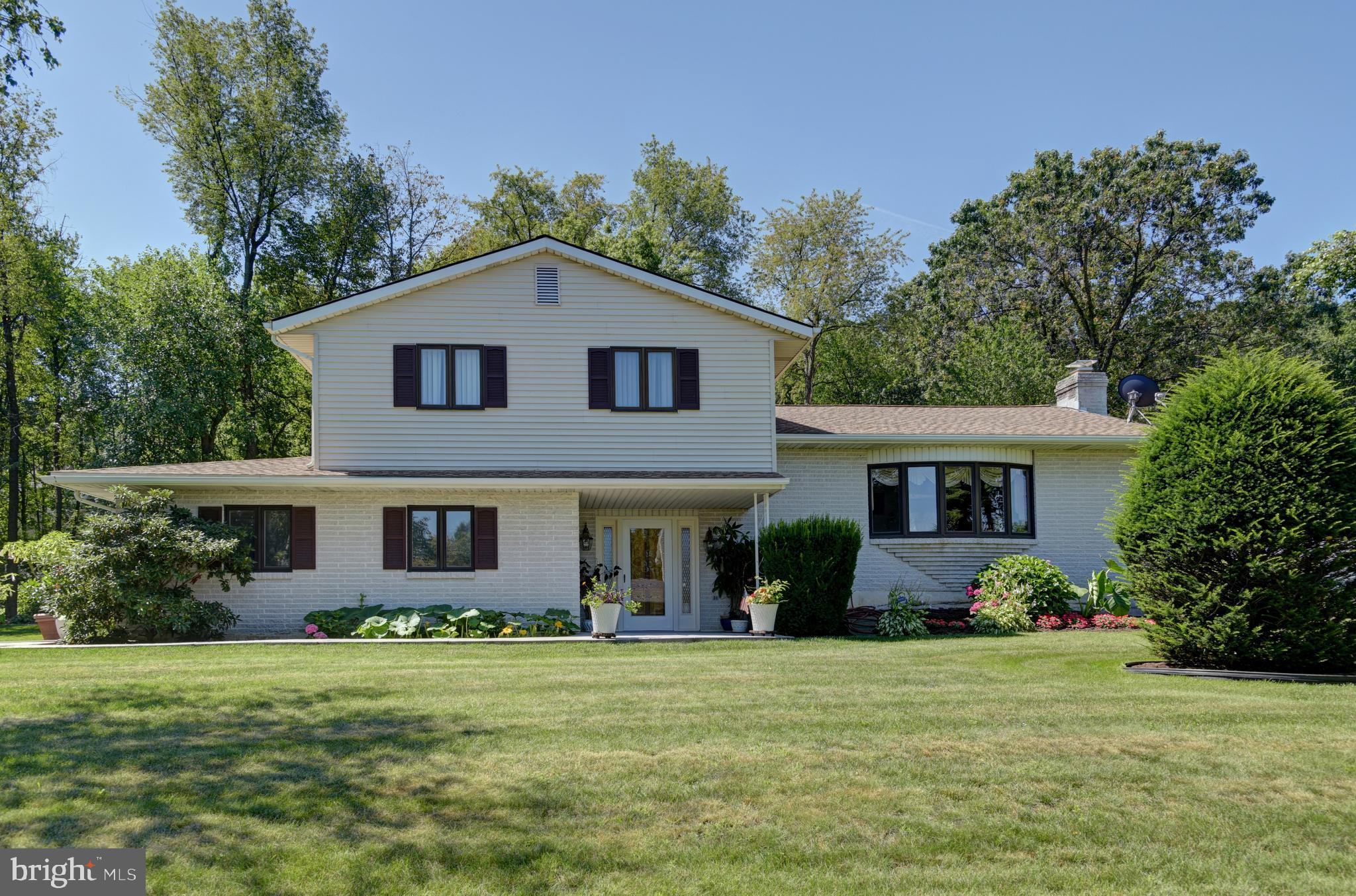 5566 JARED ROAD, CENTER VALLEY, PA 18034