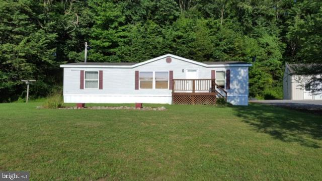 1353 CAMPBELL HOLLOW ROAD, EAST WATERFORD, PA 17021