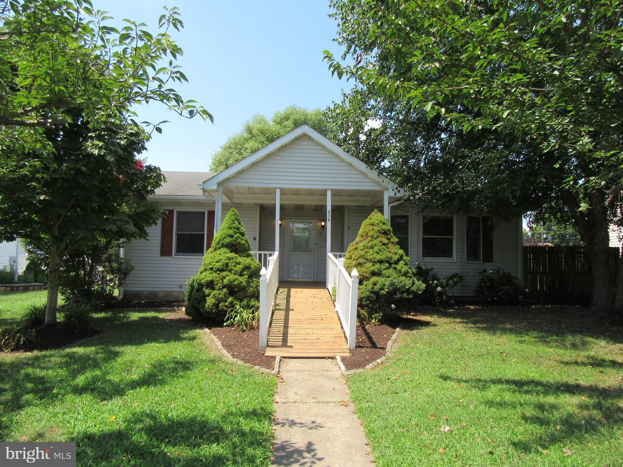 Come see this solid rancher in the heart of Middletown!Full eat in kitchen with 2 pantries, granite counters and all appliances included. Main floor laundry. The master bedroom features a full bath , new carpet and walk in closet . 2 other bedrooms are a good size with new carpet. The living room is bright and cheery, fresh paint, ceiling fan and laminate flooring. But wait! The full finished basement is HUGE with tons of storage, recessed lighting and pellet stove- there is also a full bath here. The rear yard features privacy fencing, patio and working hut tub. OVERSIZED 2 car detached garage for all your toys!The front is nicely landscaped with flowering trees and shrubs in the spring. The large front porch is your front row seat for watching the many parades and fireworks! This is a solid home with a lot to offer. Walking distance to Meredith Middle School, shops and restaurants in the Appoquinimink school district. Schedule your showing today!