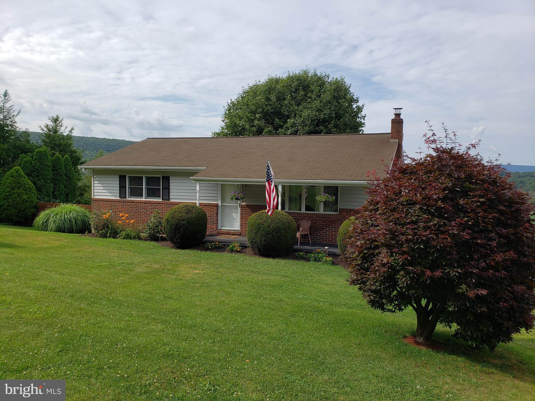 120 LITTLE MOUNTAIN ROAD, RINGTOWN, PA 17967