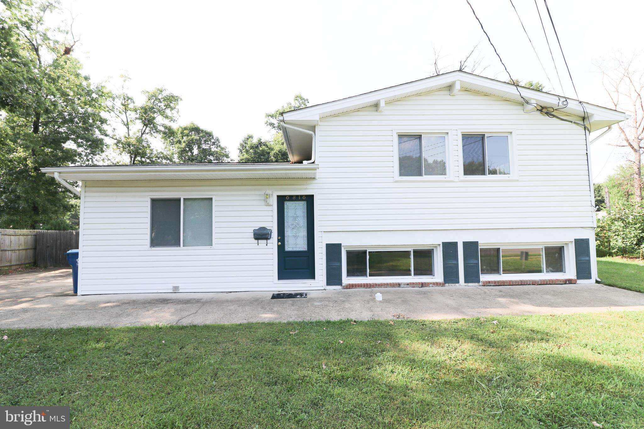 One of the Largest Split-Level's in the Neighborhood boasts plenty of space for anything you can imagine. Lots of upgrades, Kitchen features Newer Appliances with Semi-Open Concept. Large Rec Room off the Kitchen with rough in. This Home~s Unique Layout features Main Home with 3 bdrm 2 bath. Basement Studio and Upstairs studio. Great $$ Income Potential from both. All can be converted back easily. Come take a look and make it yours!  ***Back on the Market*** ***Big Investor Potential**