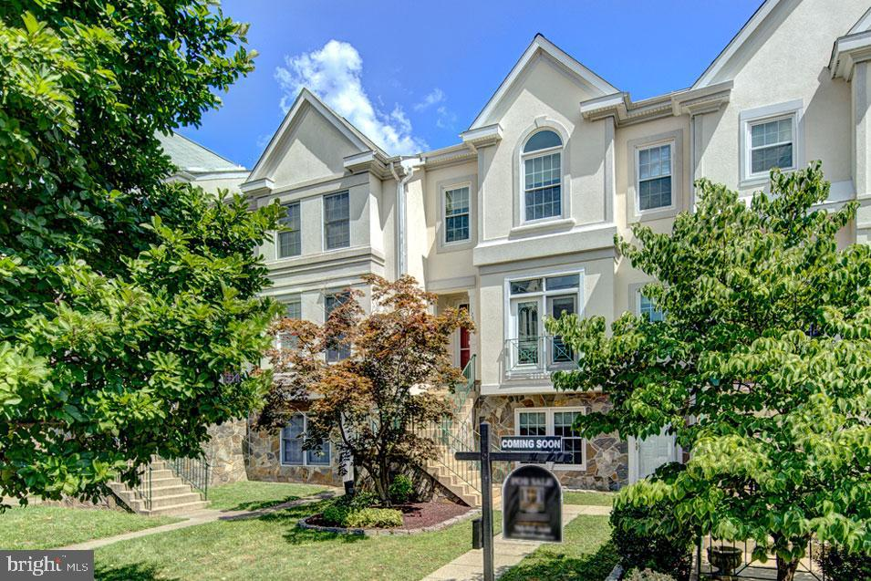 One of Fairfax 4 Bedroom Homes for Sale at 12839  DOGWOOD HILLS LANE