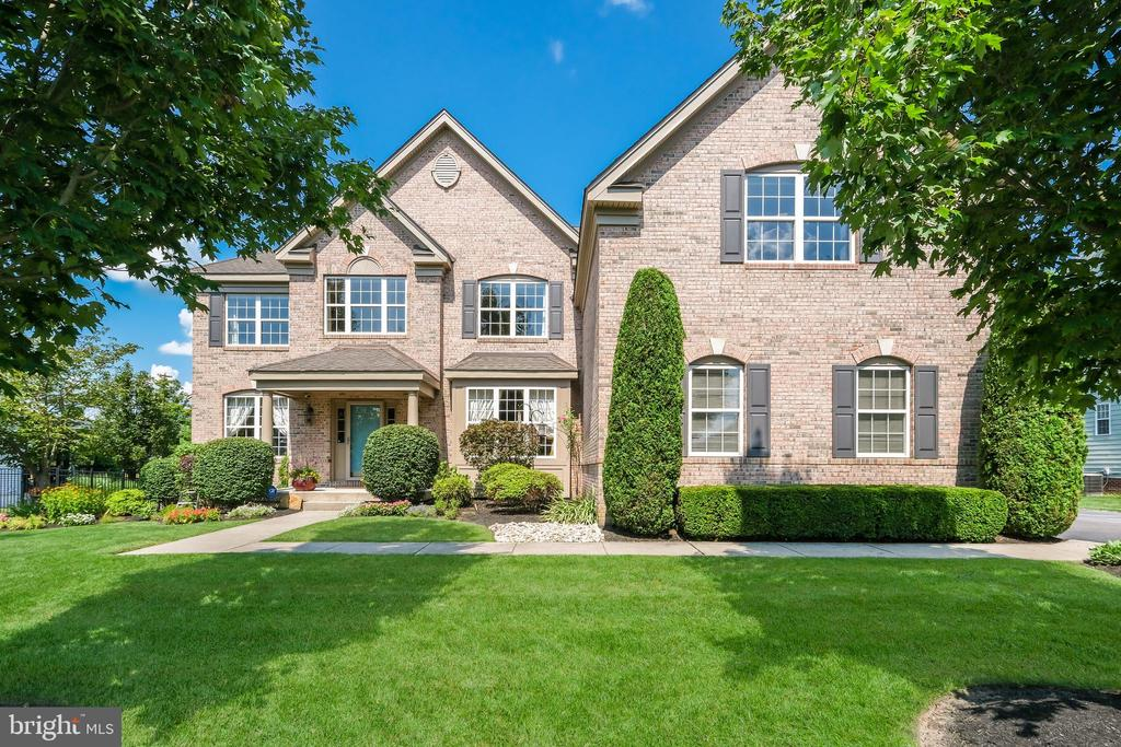 Class Harlan Homes for Sale, Bucks County Real Estate Homes