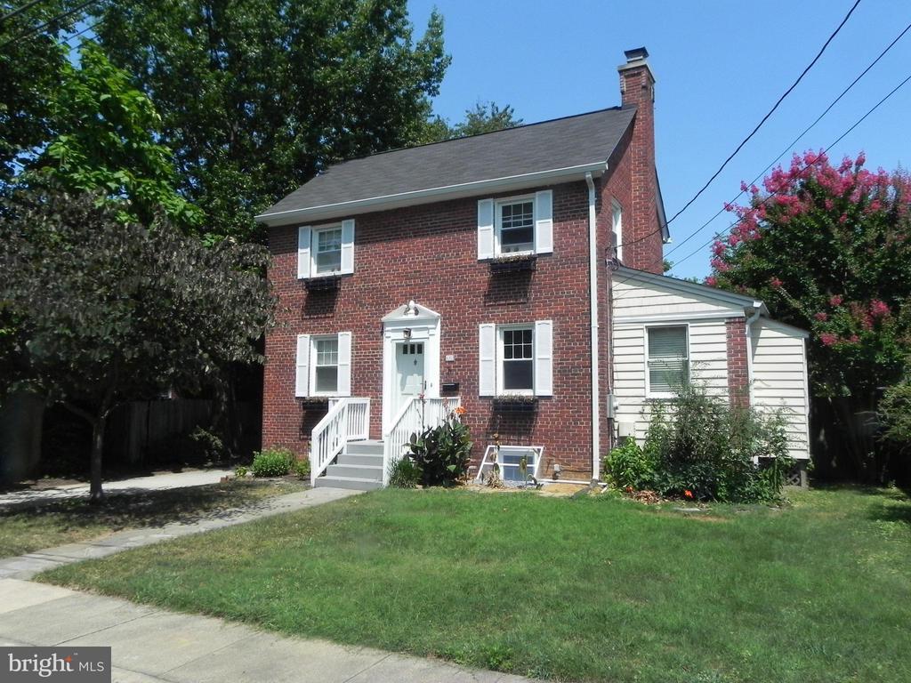 619 S Garfield St, Arlington, VA 22204