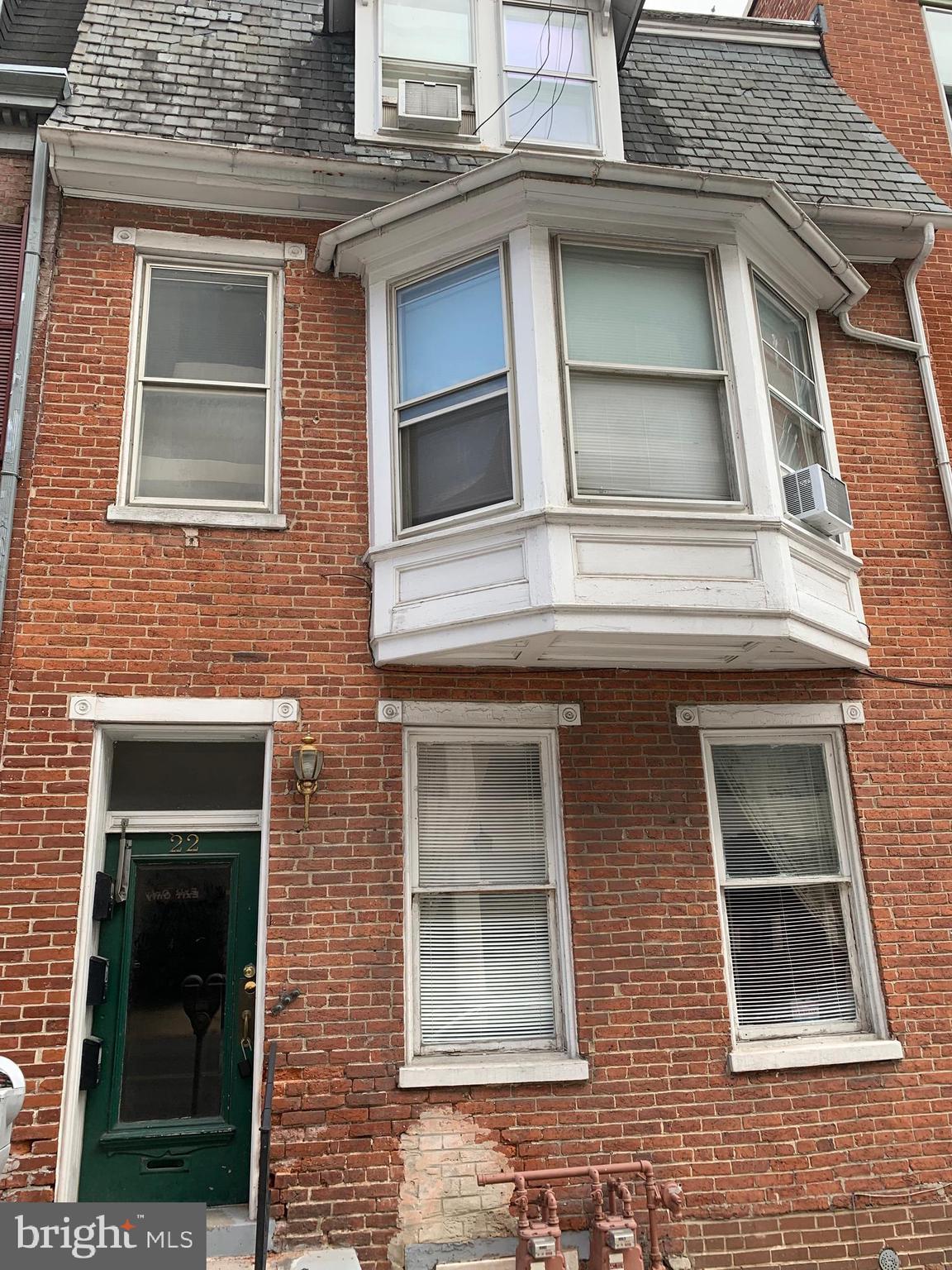 22 W KING STREET, YORK, PA 17401