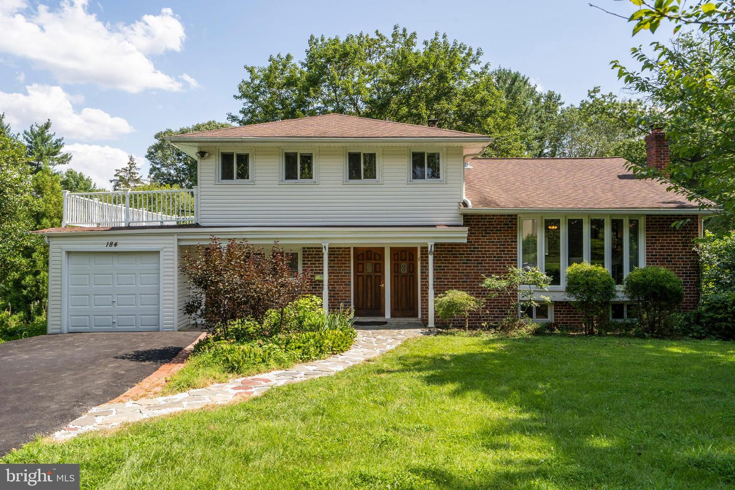 184 Mansion Drive Newtown Square, PA 19073