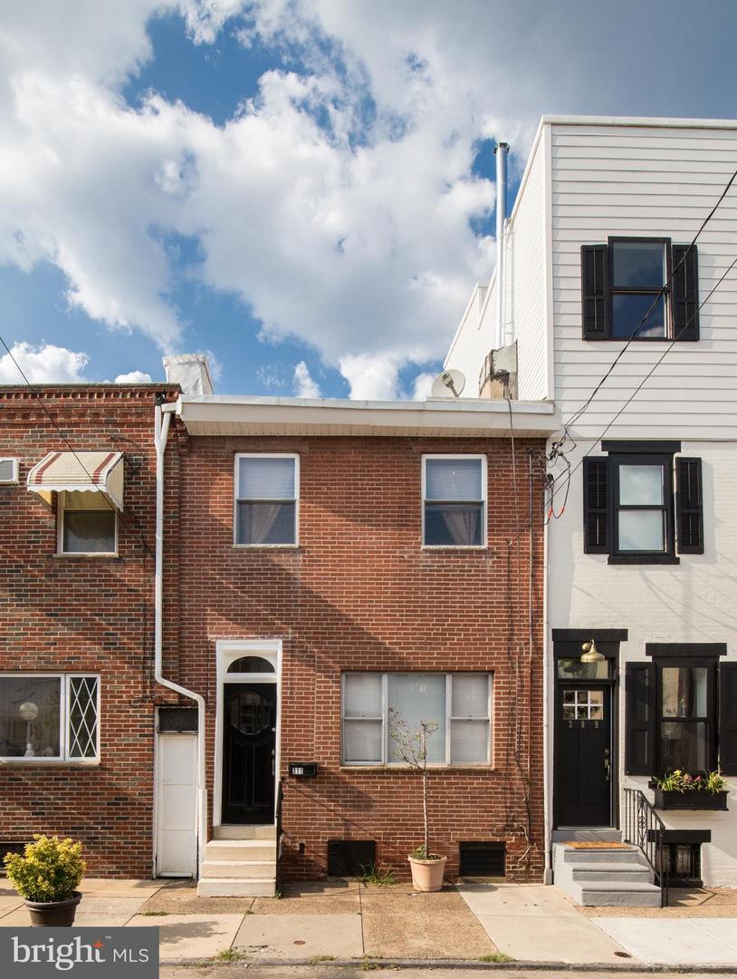 311 Greenwich Street Philadelphia, PA 19147