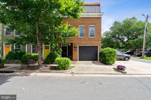 Property for sale at 1013 Princess St, Alexandria,  Virginia 22314