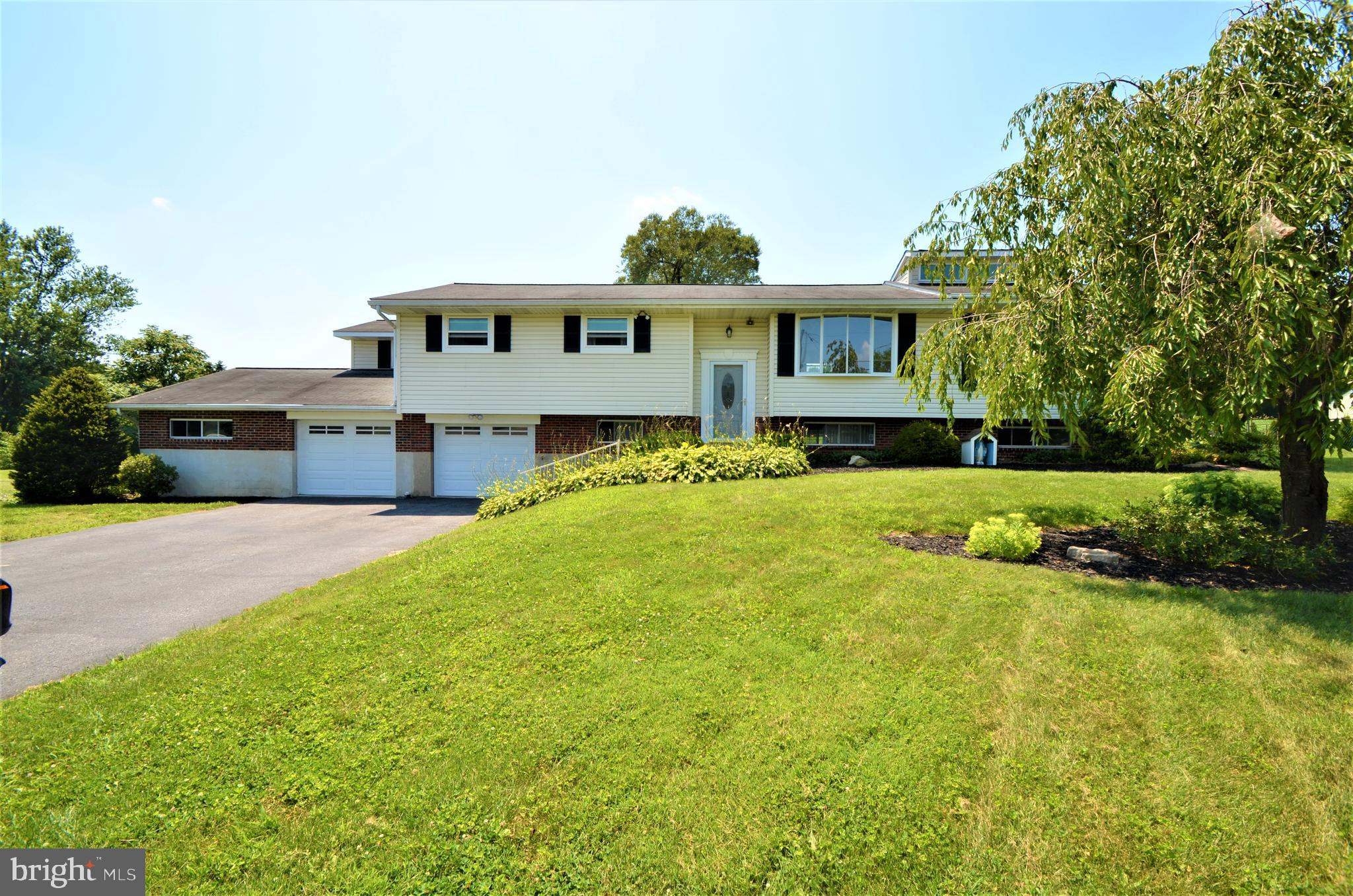 331 LONG LANE ROAD, WALNUTPORT, PA 18088