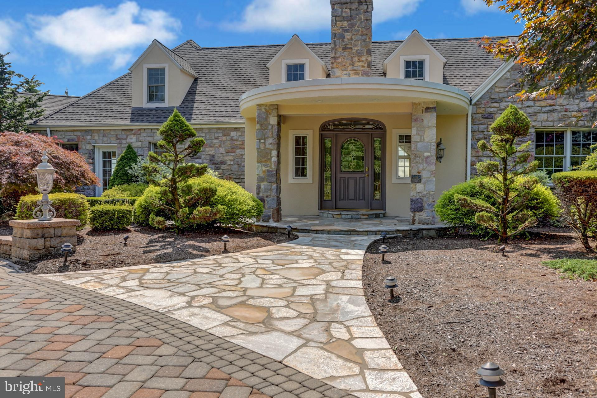 Homes with In-Law Quarters | In-Law Suites | Additional